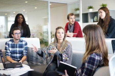 Jesteśmy młodą firmą składającą się z ludzi pełnych pasji. Posiadamy wieloletnie doświadczenie w branży, zdobywaliśmy je pracując w różnych firmach w Polsce i za granicą. Postanowiliśmy połączyć siły i założyć własną firmę, aby w pełni realizować się w tym co lubimy najbardziej, tworzeniu i wdrażaniu nowych rozwiązań. Opracowujemy strategie, tworzymy produkty, uruchamiamy kampanie, projektujemy systemy, tworzymy grafiki, a wszystko po to aby ciągle dostarczać rozwiązania, które ułatwią i uprzyjemnią Wam pracę. Pomożemy zwiększyć rozpoznawalność Twojej firmy, abyś mógł skuteczniej się rozwijać. Wierzymy, że pomyślnie zrealizujemy Twój projekt, a nasze pomysły i innowacyjne rozwiązania dodatkowo go wzbogacą. Spróbujmy wspólnie opracować strategię dopasowaną do Twoich potrzeb. Zaufaj nam bo warto!